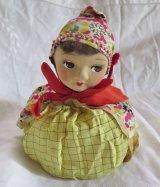文化人形の顔を持つ巾着袋