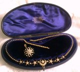 金、シードパール、ダイヤモンドのネックレスとブローチのセット オリジナルBOX
