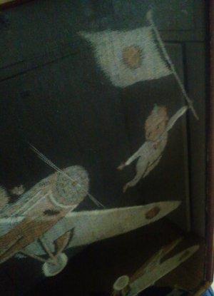 画像1: 絵絣のキューピーと飛行機 古い額装