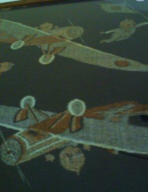 画像4: 絵絣のキューピーと飛行機 古い額装