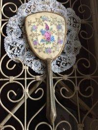フランスアンティーク ベルエポックの手鏡 とドイリーのセット