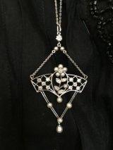 エドワーディアン プラチナ ダイヤ 天然真珠のペンダントネックレス ホワイトジュエリー