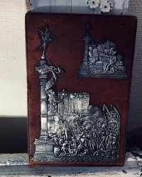 19世紀 フランスアンティーク フランス革命記念 バスチーユの自由の精 銀の飾り板 革張り台紙